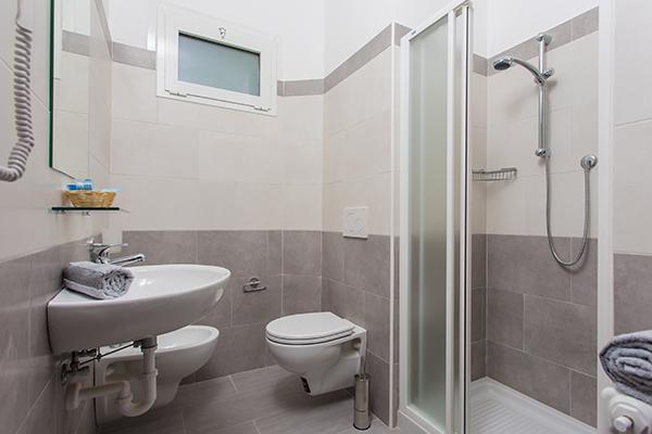 zimmer mit meerblick hotel platinum torre pedrera di rimini. Black Bedroom Furniture Sets. Home Design Ideas